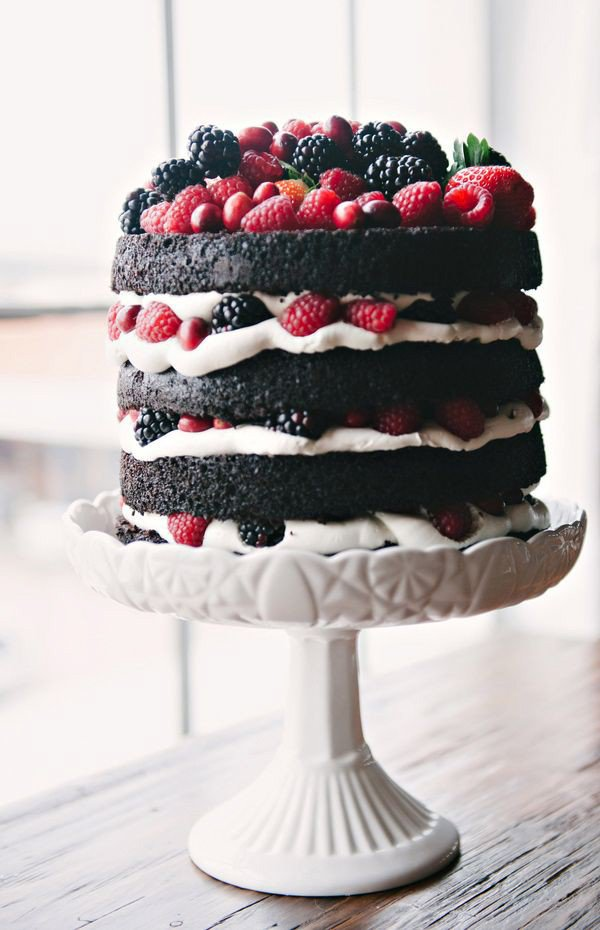 trendy-naked-wedding-cake-with-berries-5